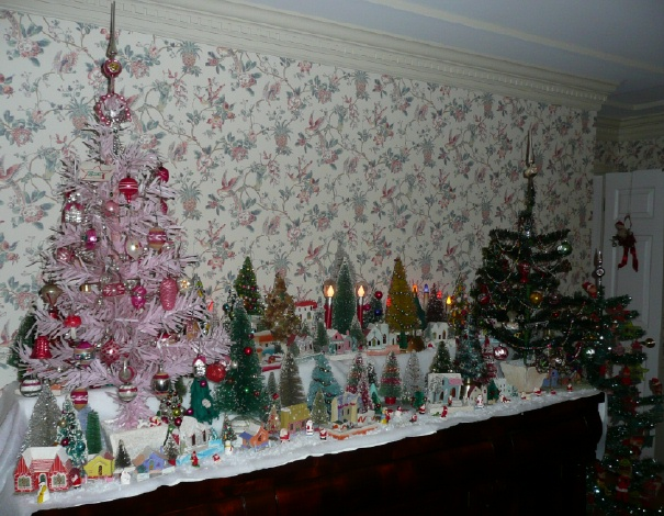 A Home Filled With Antique Christmas In New Jersey