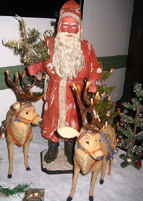 Old Christmas Displays