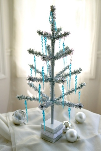 view larger photo email - Silver Tinsel Christmas Tree